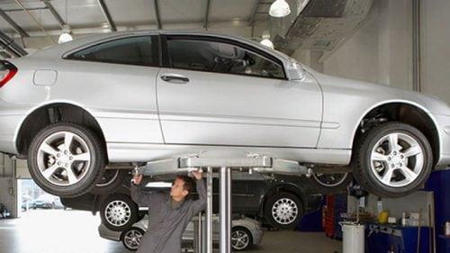 صيانة سيارات ميكانيكي سيارات كهربائي سيارات